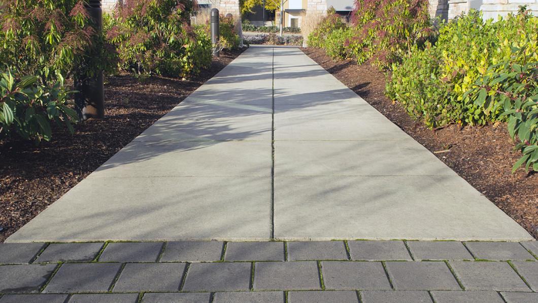 Mandela concrete wichita falls tx foundation pouring for How to pour a concrete driveway